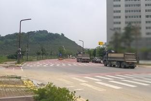 """화성시,남양읍 L/H주택공사 공사차량 어린이보호구역 """"무차별 과속질주"""" 공포"""
