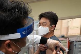 화성시, 첫 백신접종 시작